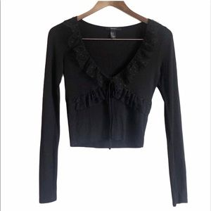 *FINALSALE* FOREVER 21 Lace Ruffle V-neck Crop Top